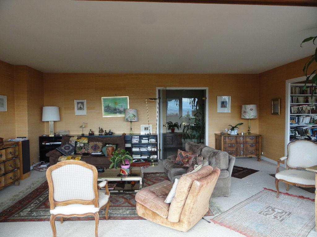 Prix : 290 700€ ROYAT, appartement de 5 pièces 150 m²