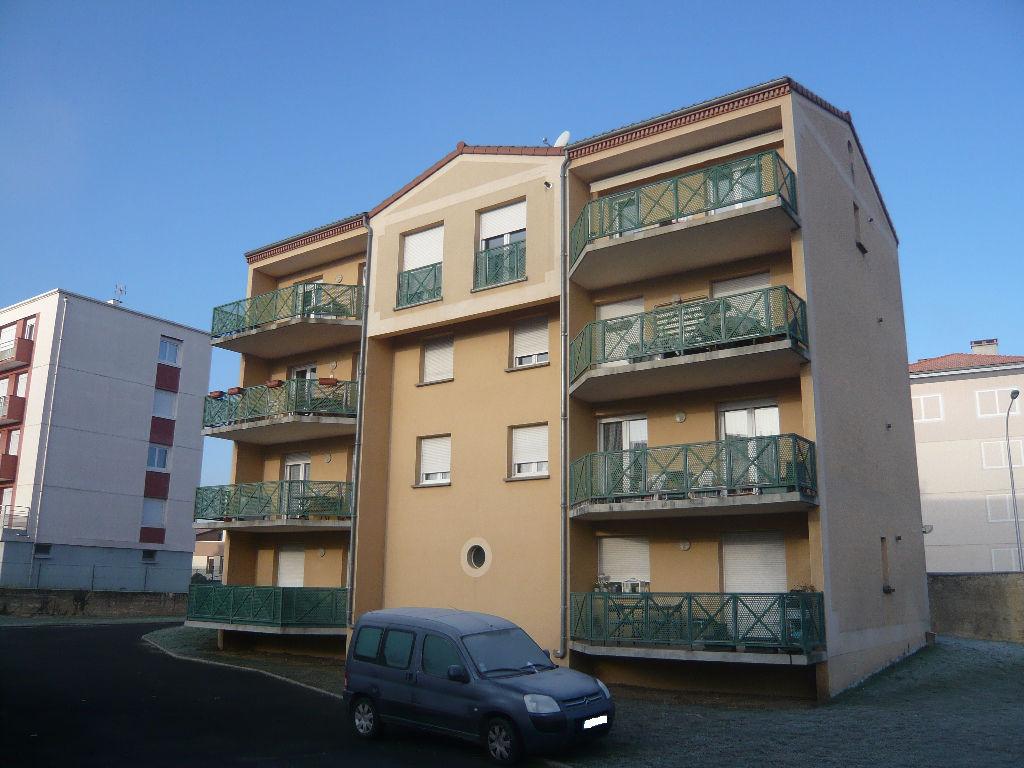 Appartement Issoire 2 pièce(s) 50,41 m2
