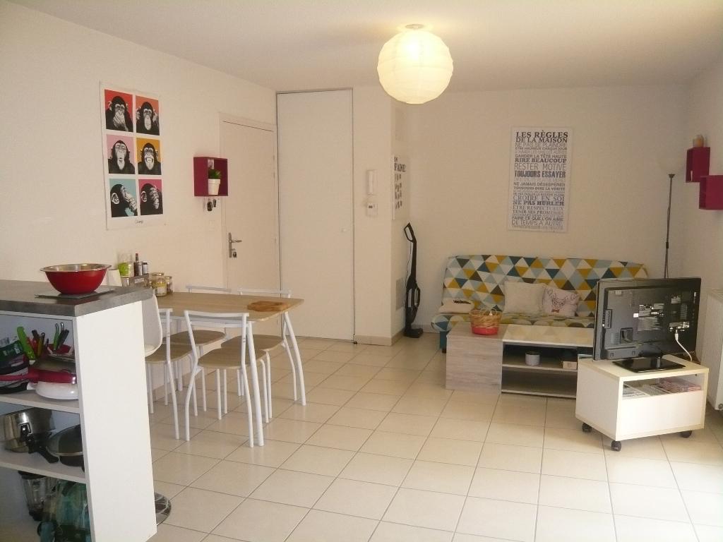 Appartement Issoire 2 pièce(s) 39 m2