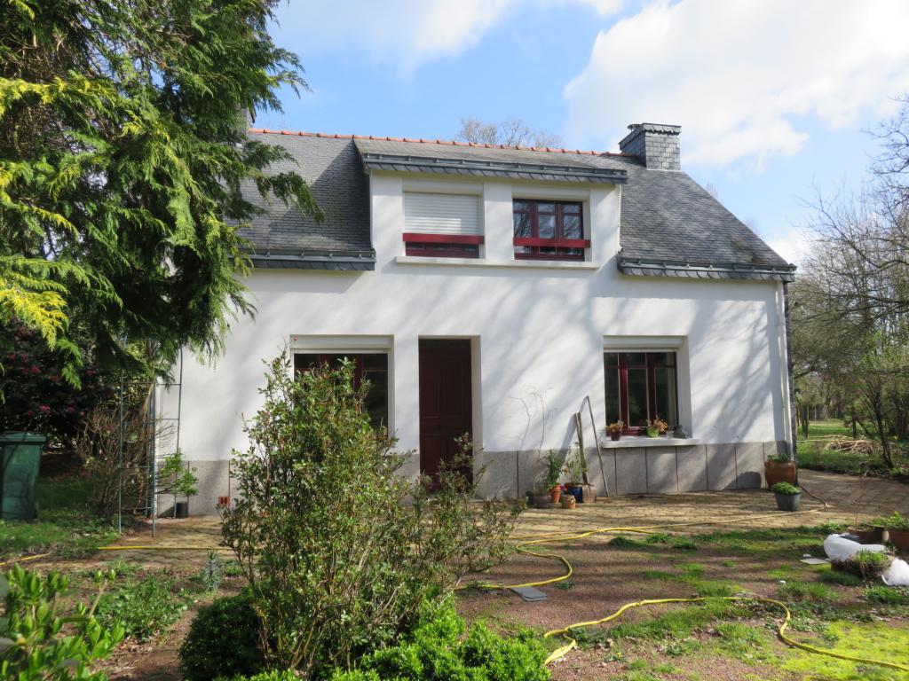 Maison Ferel 3 pièce(s) -                    S.H 78 m²