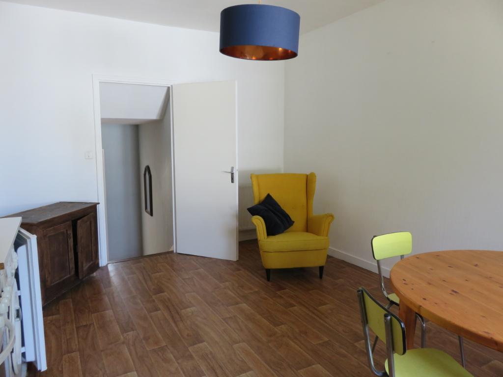 Appartement - 2 pièces, 39 m² - LA ROCHE BERNARD (56130)