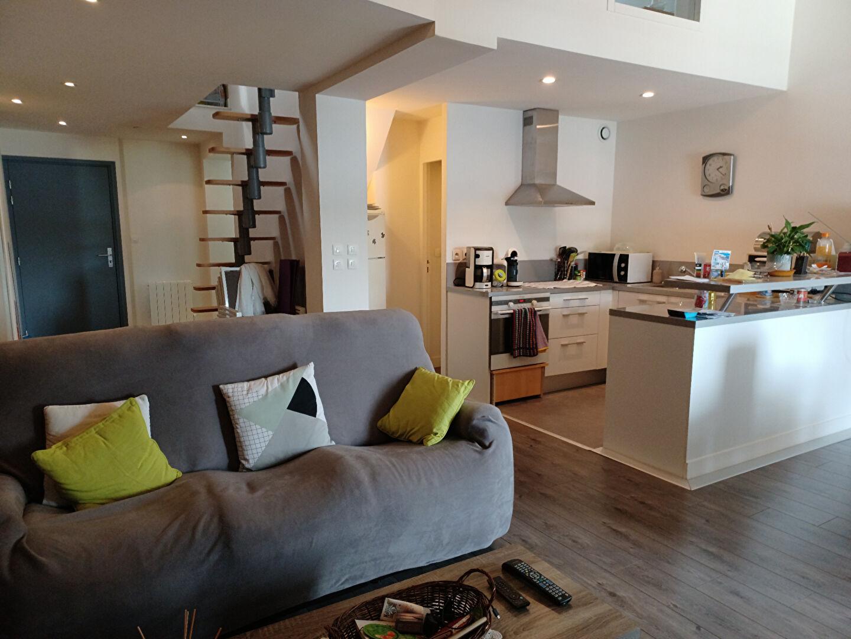 Appartement -  3 pièces, 63 m2 - La Roche Bernard  (56130)