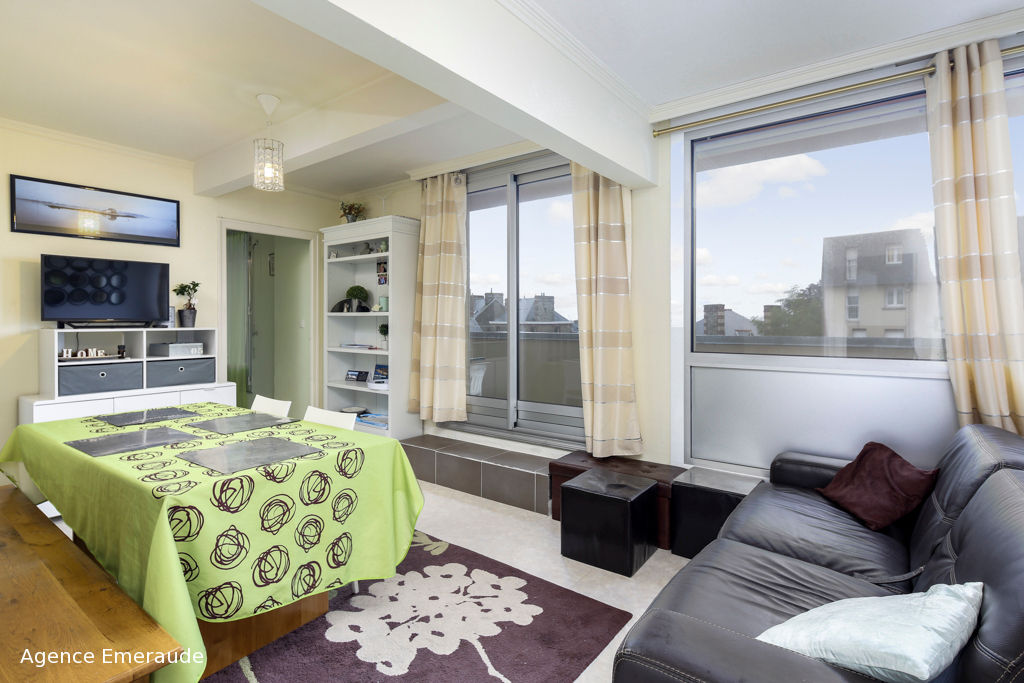 Appartement Dinard 3 pièces 60.20 m2 cave garage 2 terrasses