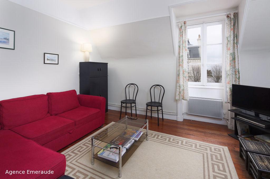 LOCATION SAISONNIERE Appartement type 3 vue mer 85 m2 4 à 6 personnes