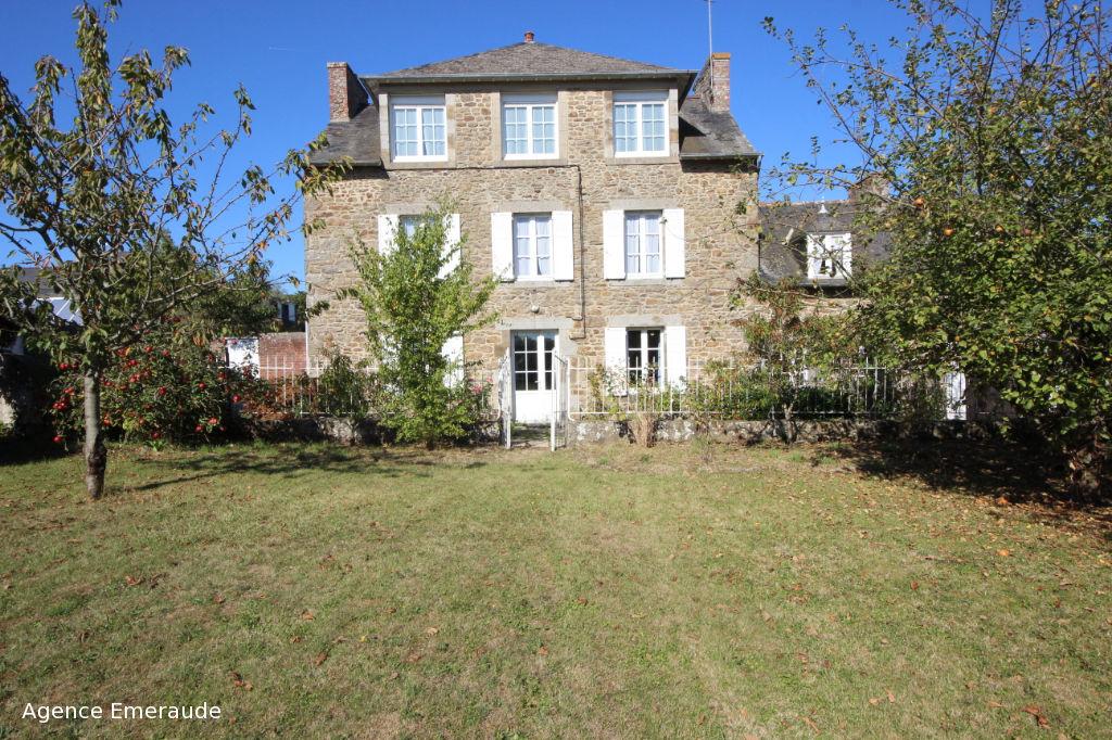 Maison La Richardais 7 pièce(s) 200 m² dépendances garage terrain 1291 m²
