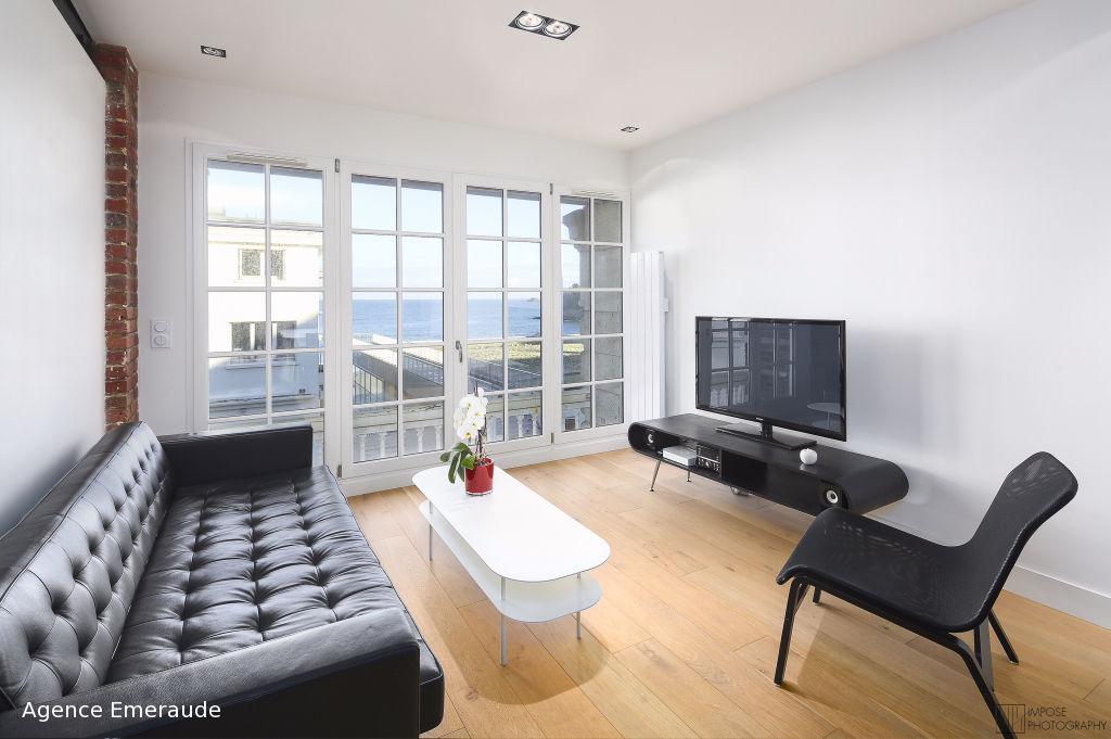 DINARD Appartement Hyper centre VUE MER, 3 chambres 86m2 loi carrez, 110 au sol
