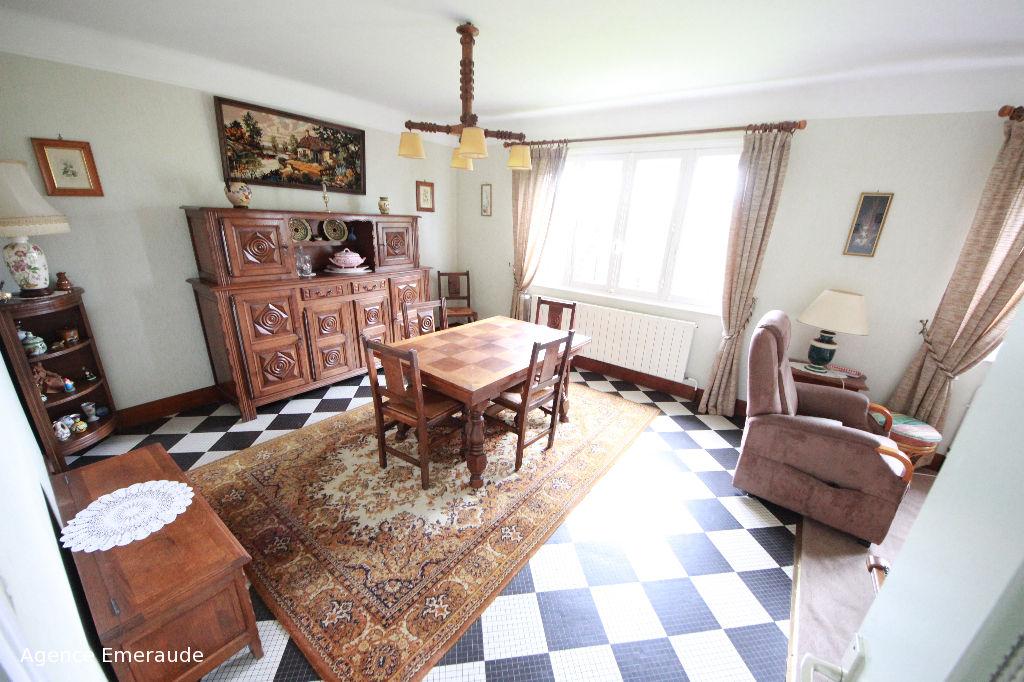 Maison Dinard 4 pièce(s) 70 m² terrain de 663 m²