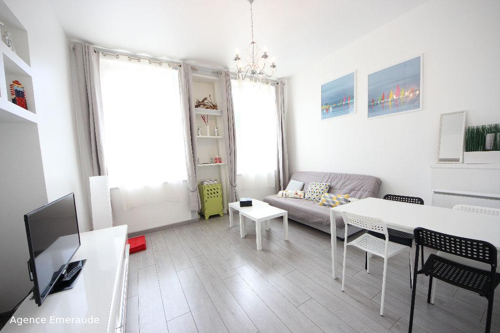 Appartement Dinard 2 pièce(s)  39.89 m2  orienté sud