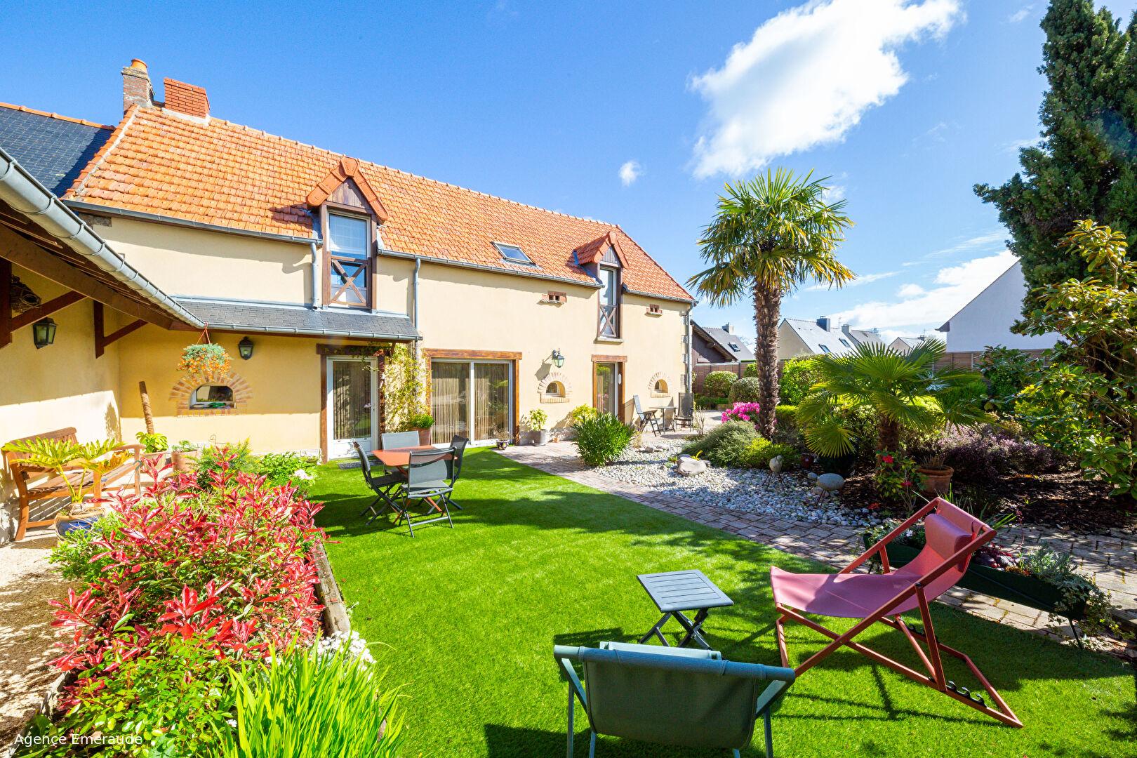Maison Dinard 120 m2  une chambre au rdc avec sde terrain clos arboré 506 m²