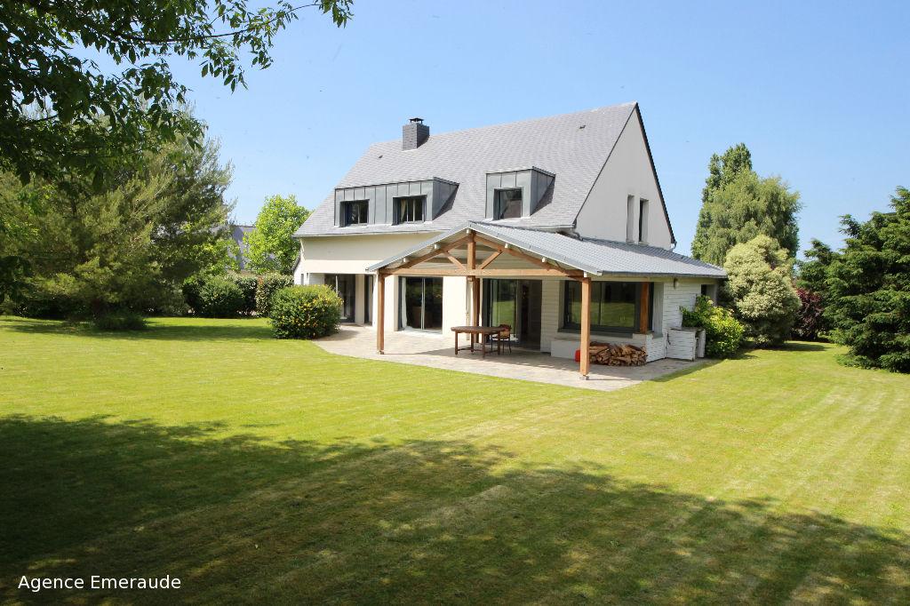 Maison d'architecte pour 6 personnes Dinard 150 m2  Le prieuré