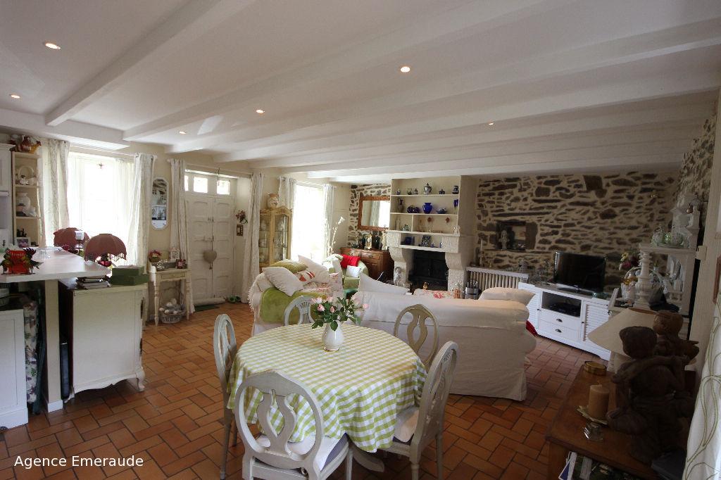 Maison Pleurtuit 4 pièce(s) 105 m2