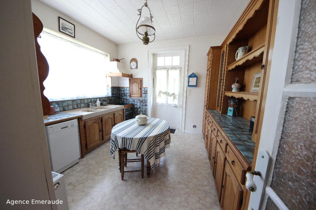 Appartement Dinard 3 pièces 2 chambres 88.74 m2 loi carrez, 103.92 m2 au sol