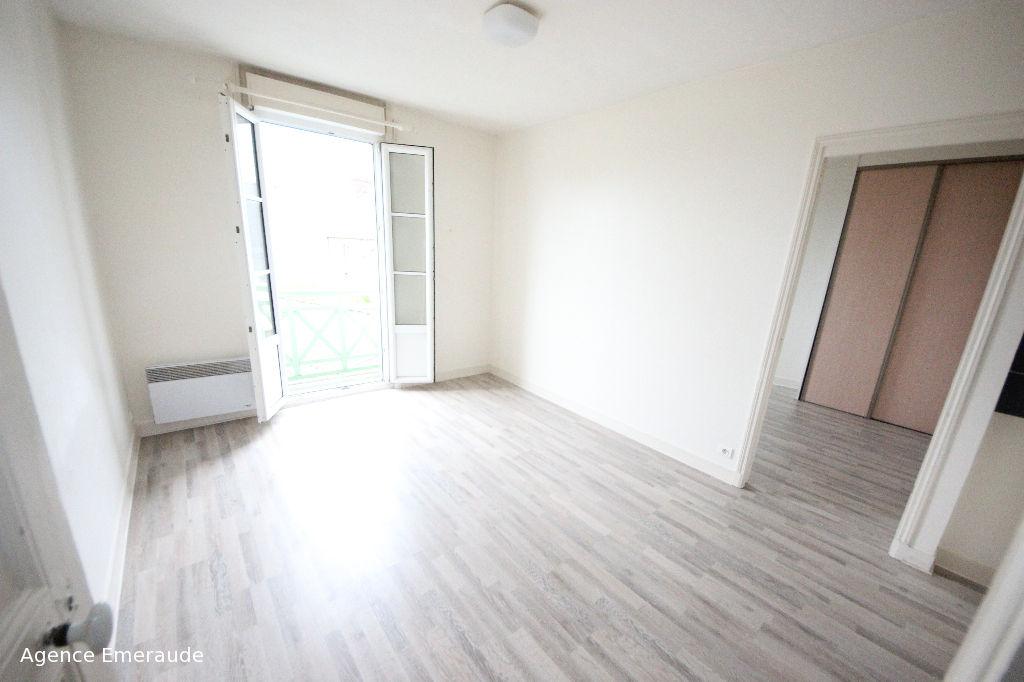 Appartement de type 2 pièce(s) à louer vide à l'année DINARD centre