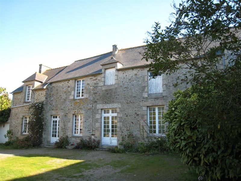 Maison Ploubalay 4 pièce(s) 912 m2 fort potentiel à exploiter pour salle de réception, gîtes, chambres d'hôtes