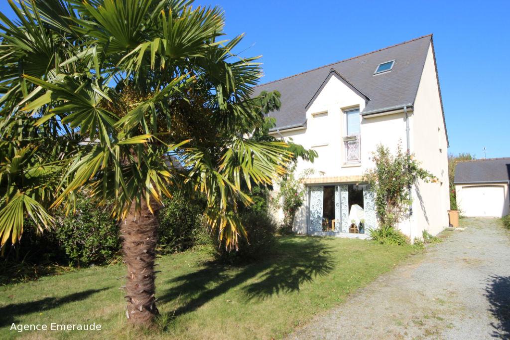 Maison Dinard 86 m² 3 chambres + 1 bureau jardin garage terrain 349 m²