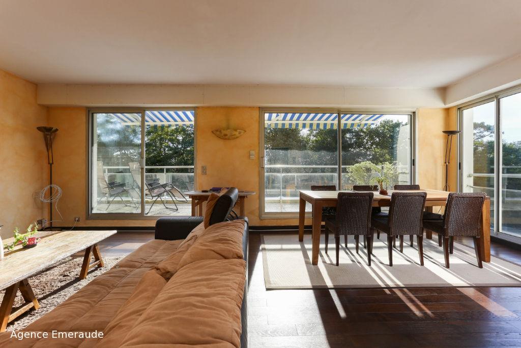Appartement Dinard 4 pièce(s) 98.51 m² terrasse parking cave