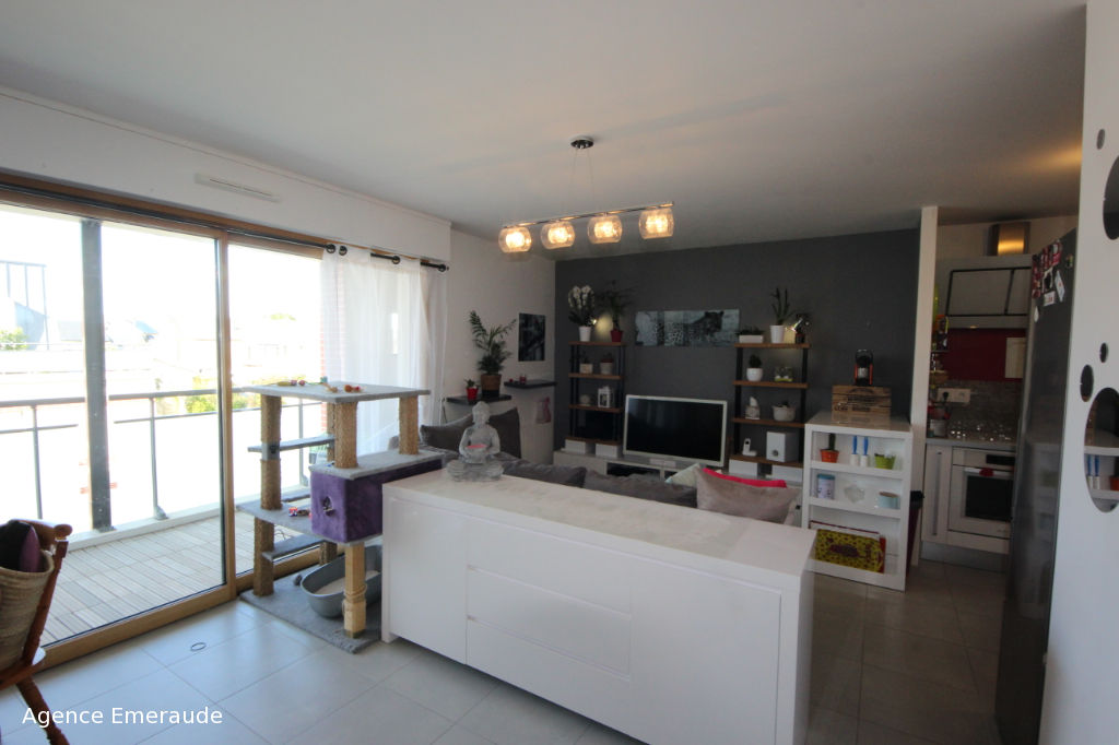 Dinard  LOCATION Appartement  2 pièce(s) 46.46 m2 avec Balcon et garage