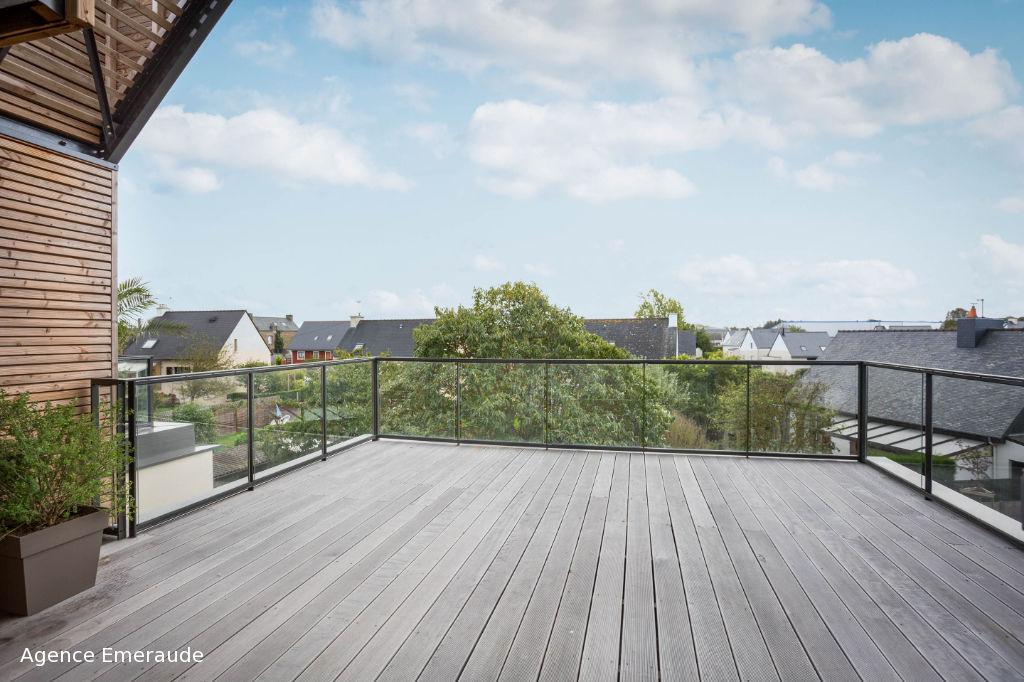 Appartement DINARD  82 m2 - 3 pièces - grand garage - grande terrasse
