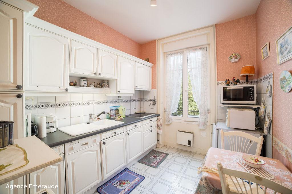 Appartement Dinard hyper centre 2 pièce(s) 71.82 m2