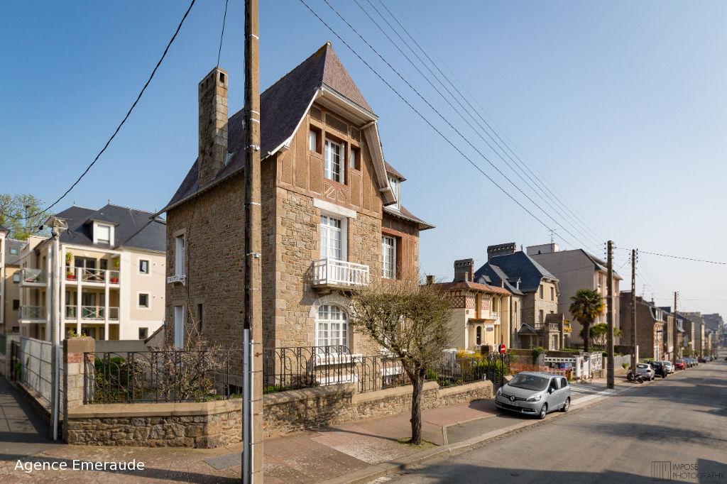 Villa Dinardaise 175m2 6 chambres en centre ville