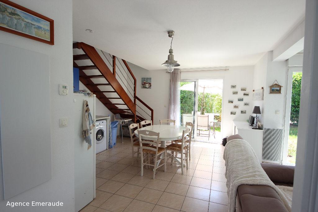 Maison Dinard 3 pièce(s) 57 m2 indépendante parfait état terrasse jardin