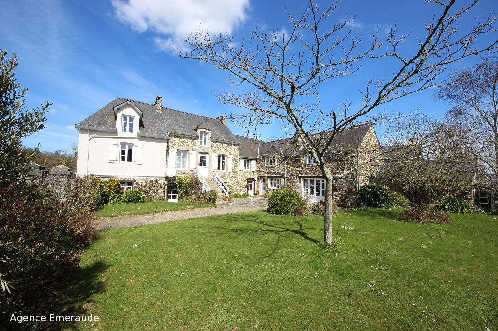 Maison Le Minihic Sur Rance maison de charme jardin clos de murs