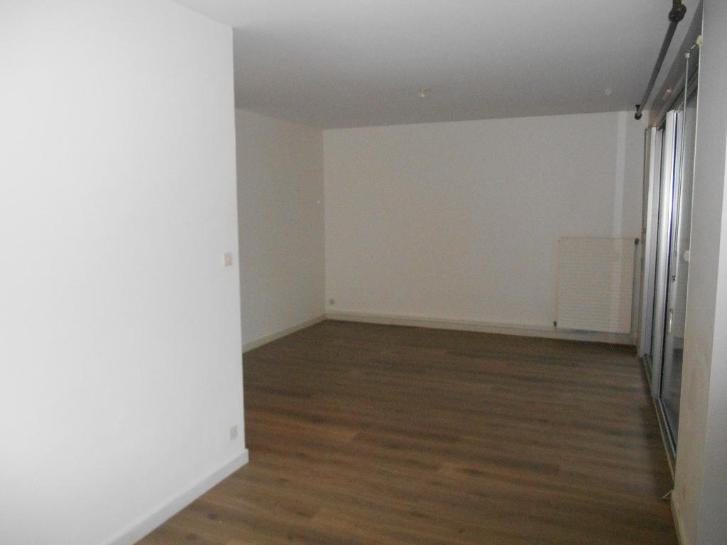 Appartement Bourg En Bresse 2 pièce(s) 60 m2