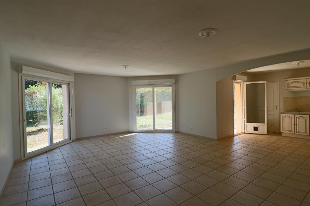 A Louer Maison Ceyzeriat 5 pièce(s) 104 m2
