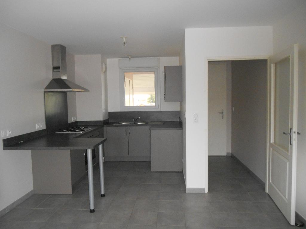 Appartement St Denis Les Bourg 2 pièce(s) 53.35 m2