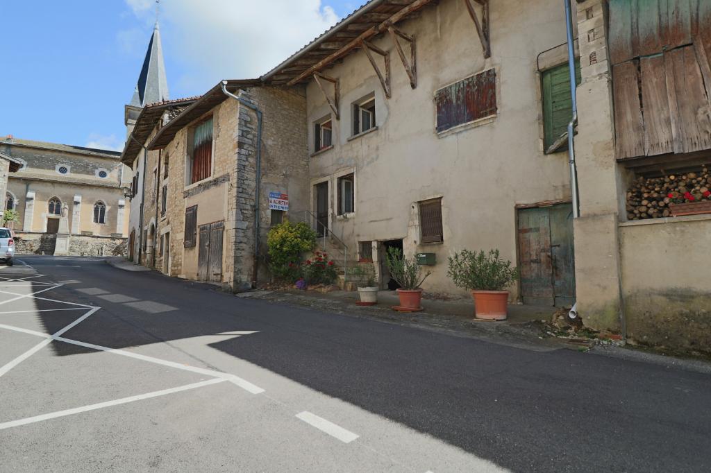 Maison de village Revonnas deux chambres agrandissement possible