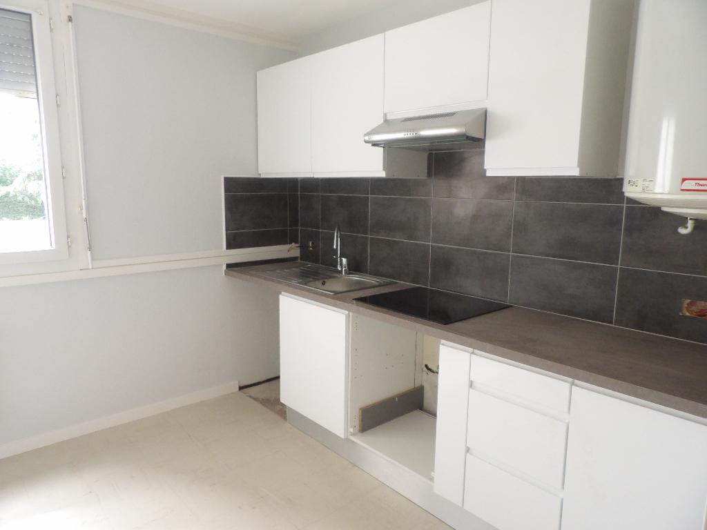 Appartement Peronnas 3 pièce(s) 61.16 m2