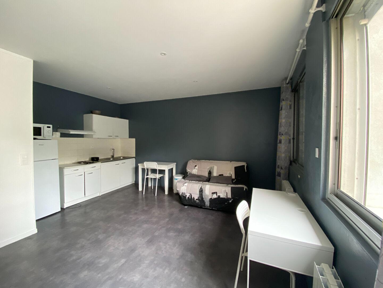 Appartement Bourg En Bresse 1 pièce(s) 27.21 m2