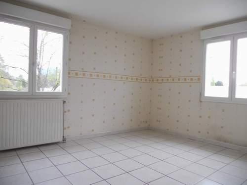 A louer proche commerces; carrefour de l'Europe  appartement 3 pièce(s) 54 m2 Bourg en Bresse