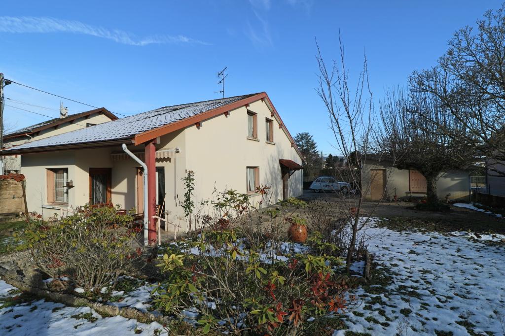 Maison Bourg En Bresse cuisine et salon de plain pied 4 chambres