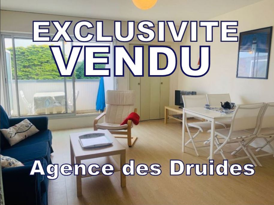 A vendre CARNAC 56340  Grand T3 53M² + 8 AU SOL 2 PARKINGS - 200m Plage