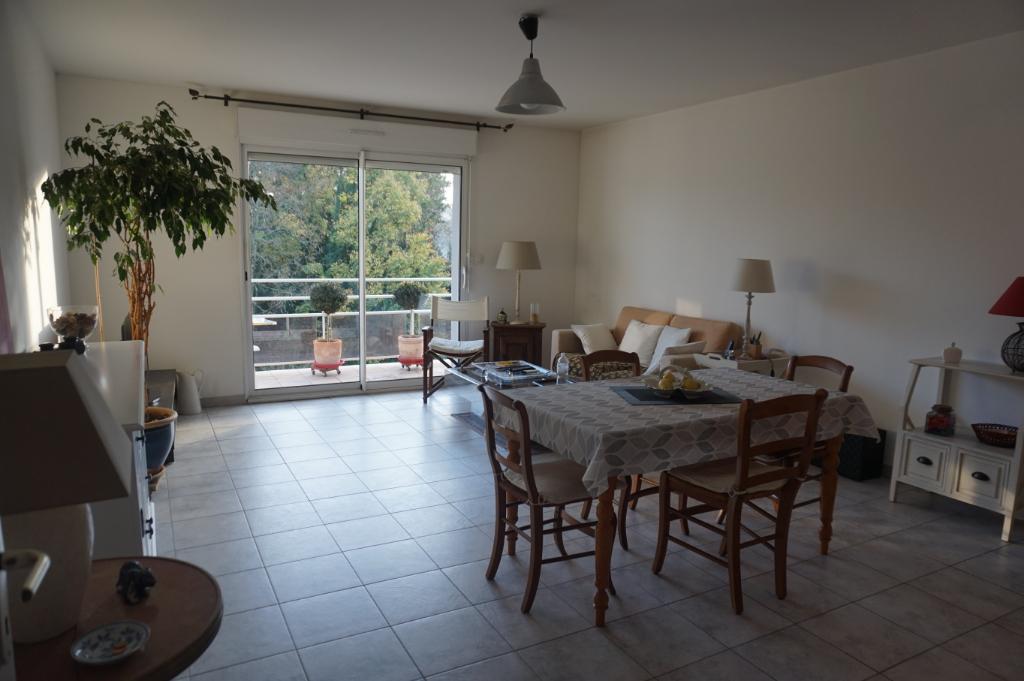 Appartement Auray 3 pièce(s) 67.98 m2