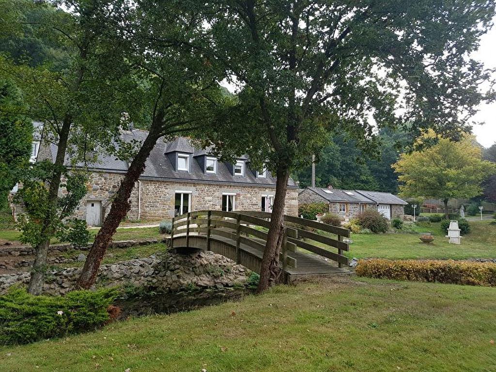 PLERIN, ancien moulin rénové à vendre