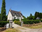 Région Gouarec - Maison néo-bretonne 4 chambres avec salles d'eau privatives, en parfait état général.