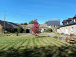 Région Guerlédan - Corps de ferme avec maison d'habitation et dépendances sur 5650 m² de terrain
