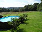 Région Guéméné - Longère divisée en 3 gîtes avec piscine sur 6620 m² de terrain