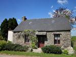 Région Corlay - Maison en pierre entièrement rénovée, 2 chambres, avec verger non attenant.