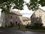 Région Corlay - Corps de ferme rénové avec maison principale, gîte opérationnel et dépendances sur 3170 m² de terrain