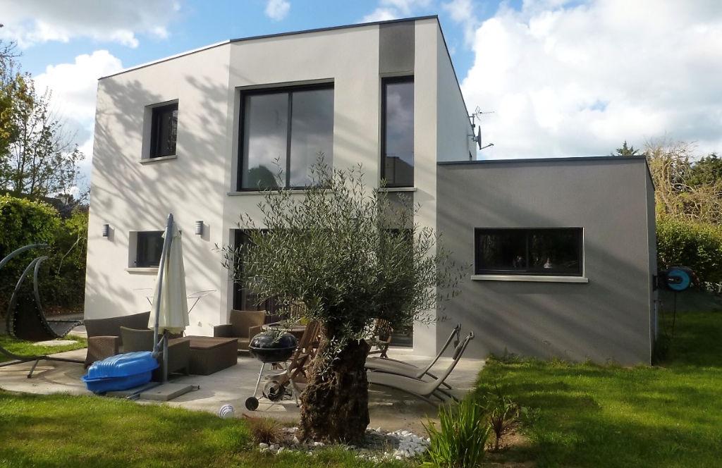 PLERIN Centre, maison contemporaine à vendre