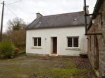 Région Rostrenen - Corps de ferme avec maison principale rénovée et plusieurs dépendances sur parcelles de 3012 m²