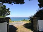 PLESTIN LES GREVES, maison vue mer à vendre les pieds dans l'eau