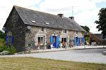 Région Gouarec - Ancien corps de ferme avec dépendances sur parcelle de 7164 m²