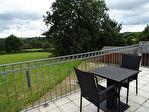 Région Rostrenen - Complexe de 4 gîtes vendus meublés avec piscine et dépendances sur parcelle de 6205 m²