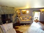 Région Gouarec - Superbe domaine du XVIe siècle avec manoir et gîtes sur parcelle de 4720 m² - vendu meublé
