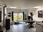 Plouézec- A vendre deux appartements + local commercial