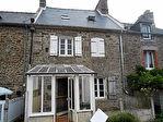 Proposer cette annonce : Taden: Charmante maison ancienne dans Village Bord de Rance